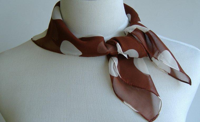 大水玉スカーフ